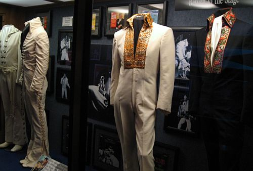 elvis outfits