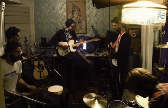 local-natives-aquarium-drunkard-session